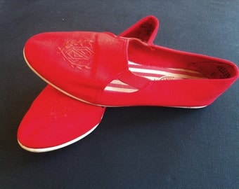 RED EMBROIDERED 90's Canvas Flats Size 7