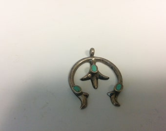 Vintage Native American Sterling Silver Native American Design Turquoise Inlay Pendant NA3086