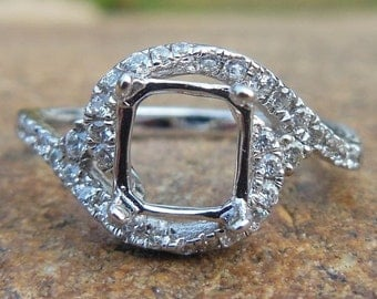Solid 14K White Gold  6.25MM Cushion Cut Shape Semi Mount Ring / Diamond Ring