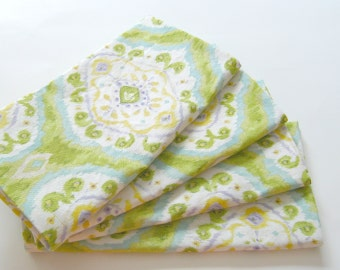Cloth Napkins - Set of 4 - Rich Green and Yellow Ikat - Dinner, Table, Everyday, Wedding
