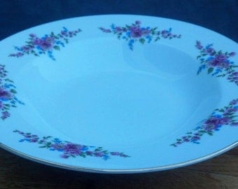 Vintage Henneberg Porzellan German Democratic Republic Plates  / Dinner Plates / Collectible Plates/ Wall Art/ Best Gift Idea/ F281