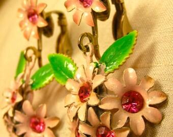 1960 pink flower earrings