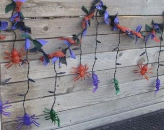 6' Spider Lighted Garland- Halloween Spider Garland- Halloween Decor- Spider Decor- Spider Burlap Garland- Halloween Lighted Garland