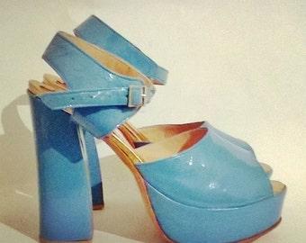 Atilin's handmade patent leather platform heel
