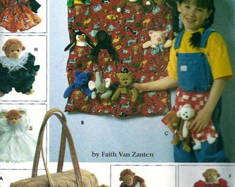 """OUT of PRINT  Simplicity Pattern 7695 Tote Organizers, Apron, Sleeping Bag and Clothes for 9"""" Bean Bag Animals"""