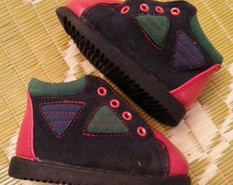 Popular items for Geometric shoes on Etsy
