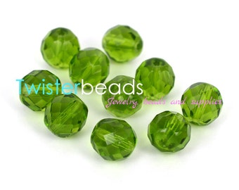 Czech firepolished / faceted glass beads 12mm Olivine (10)