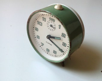 Vintage CLIPPER sea foam mechanical alarm clock Made In 1970