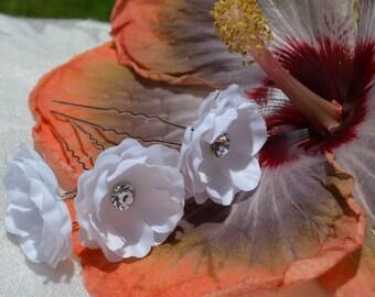 Hair Pin/Stick- White Flower with Rhinestone
