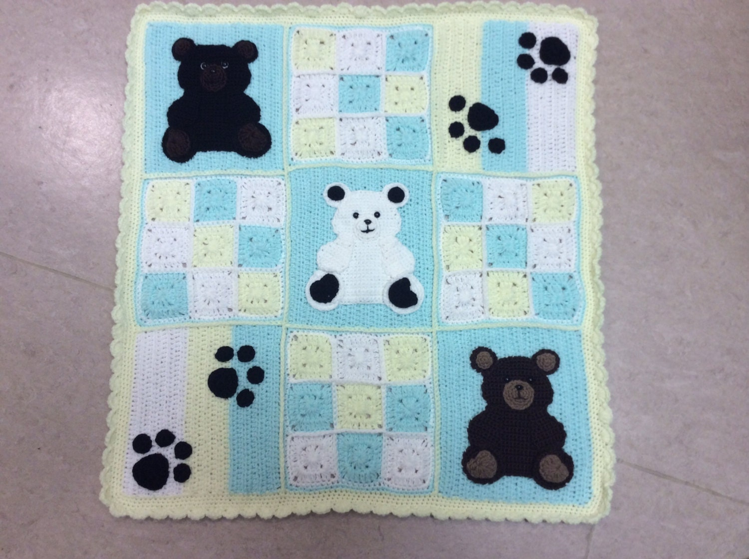 Knitting Pattern For Teddy Bear Baby Blanket : Crochet baby blanket pattern pdf teddy bears and bear paws