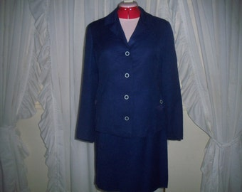 Boxy little 60s Navy suit  That Girl!