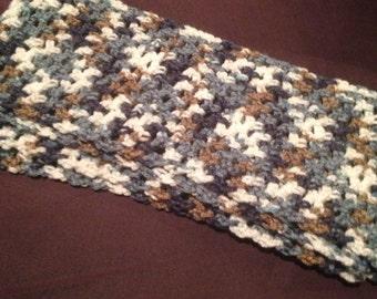 Versatile multicolor scarf.