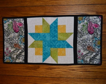 Bright, Quilted Tabletopper