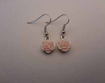 Rose earrings in light pink, dangling earrings.