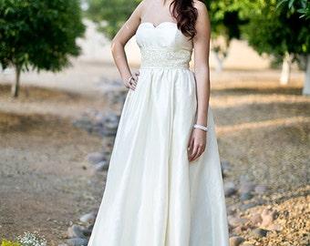 Abigail Strappless Wedding Gown