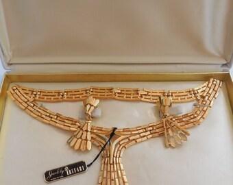 Beautiful Vintage Crown Trifari  Necklace and Earrings Trifanium Brushed Gold Tone Setting Demi Parure