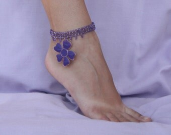 Beaded barefoot sandal, Foot jewelry, Beaded anklet violet with flower, Barefoot jewelry, Violet flower anklet