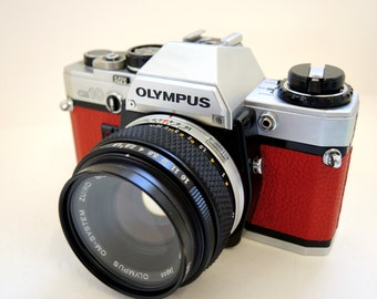 Olympus OM10 in Red Leather