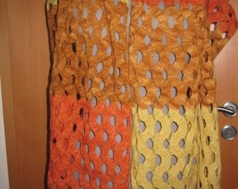 On Sale 50 % off. Hand dyed with dye made from wild Icelandic plants , handmade with Love from Icelandic yarn, einband.