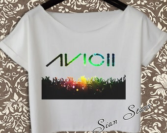 DJ Avicii Rocks The Stage At Revel's Ovation Hall |What To Wear To Avicii Concert