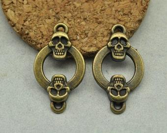 10pcs Antique Bronze Skull Connector Charms (#3010298)