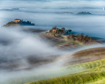 Italy - Fog in the valleys of Tuscany - SKU 0107