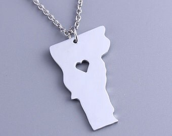 I heart Vermont Necklace - Vermont Pendant - State Charm - Map necklace - Map Jewelry