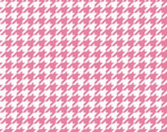 Hot Pink Houndstooth fabric by Riley Blake, fat quarter, online quilting fabric Australia