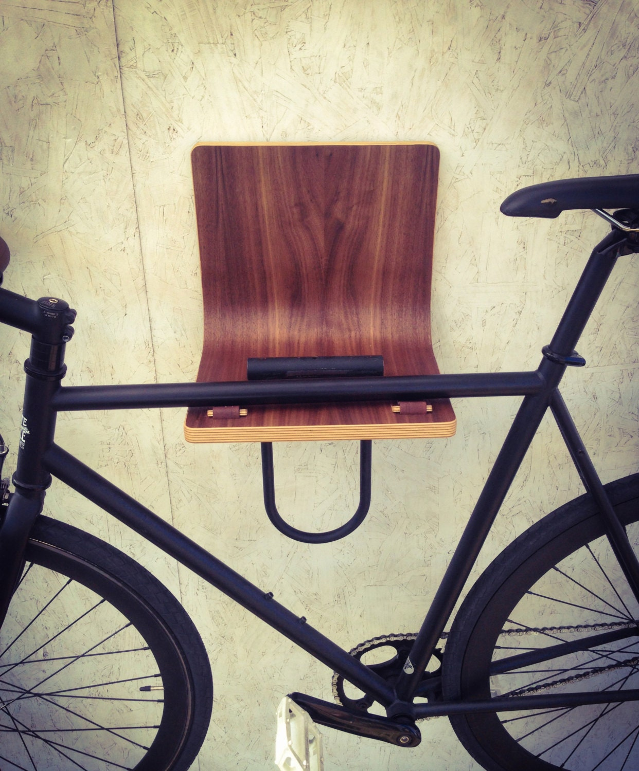 wall mounted bike rack by twigwdwrk on etsy. Black Bedroom Furniture Sets. Home Design Ideas