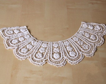 Beige Lace Appliques Cotton Embroidery Hollowed Out Trim Collar Flower 1pcs L0169