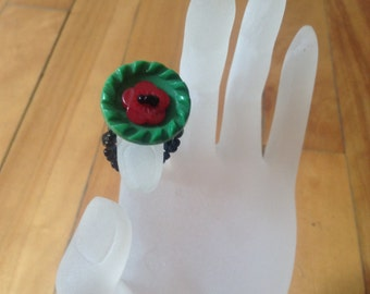 Button poppy ring