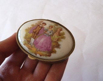 Vintage Porcelain Fragonard pill box