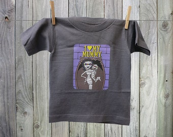 """Fun and Funky """"I Love My Mummy"""" Tshirt for Kids. Perfect for Boys!"""