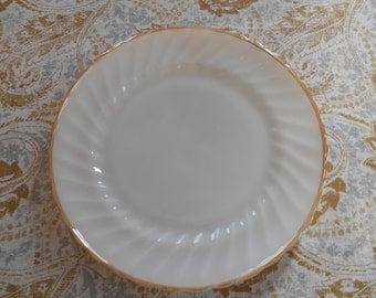 "2 Vintage Anchor Hocking dinner plates ""suburbia"""