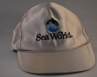 Vintage Silver Sea World Snapback Souviner Baseball Cap Hat