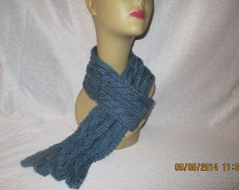 Pull thru scarf
