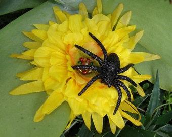 Black yellow spider | Etsy