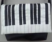 Piano bag, shoulder bag, black and white, piano keyboard bag