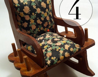 Vintage Rocking Chair Sewing Caddy 4