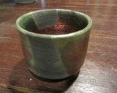 Tea cup -- raku