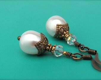 White Pearl Earrings Pearl Bridal Earrings Beaded Wedding Jewelry Dangle Earrings Brides Jewelry White Wedding Real Pearl Jewelry Handmade
