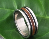Concava Fuerte Wood Ring - wood and recycled sterling wedding band