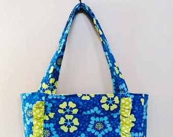 Marietta Tote bag - PDF Sewing Pattern Instant Download - makes a great purse or carry-all, beach / pool bag, and even fits a laptop inside