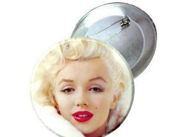 "2.25"" Pinback Button - Marilyn Monroe white coat"