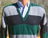 vintage 70s sweater STRIPE rugby green gray v-neck knit Medium walker's 60's