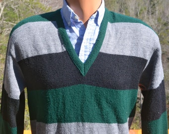 vintage 70s sweater STRIPE rugby green gray v-neck knit Medium walker's 60's