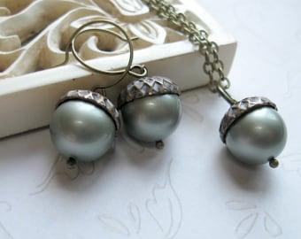 Acorn necklace set, earrings - green Swarovski pearls, nature jewelry, woodland