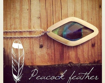 Peacock feather Necklace Silver plexi glass