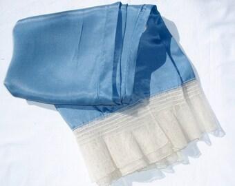 Vintage Antique Blue Silk Long Sleeves Costume Lace RENN FAIRE