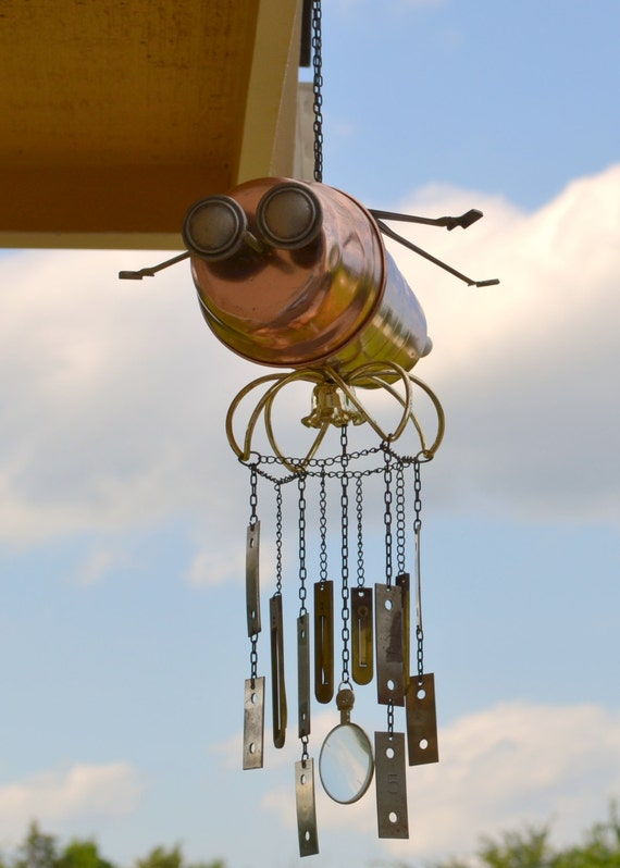 Ida the Insect-a-Bot, a Recycled Robot Wind Chime